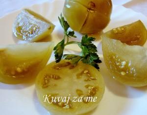 Kiseli zeleni paradajz