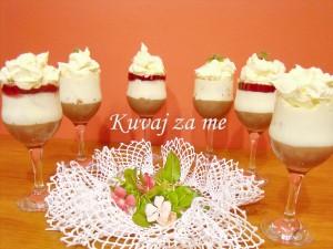 Krem desert sa kruškama