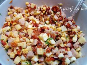 Salata sa pečenim paprikama