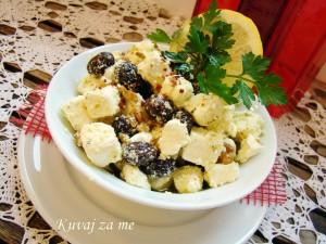 Feta sir sa orasima i maslinama (1)